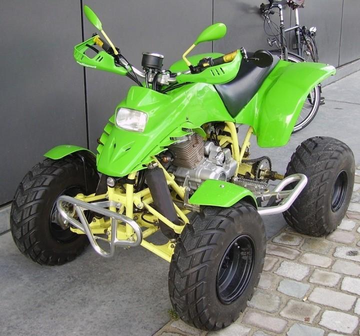 Honda_Quad_in_light_green