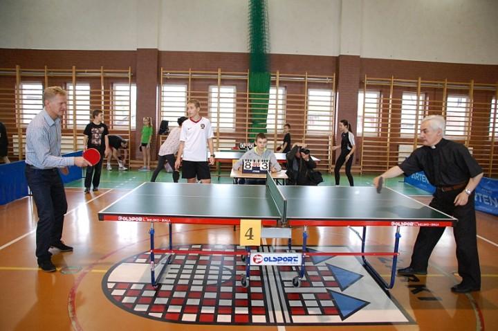 10 11 2014 Zarki Turniej Tenisa stołowego 2