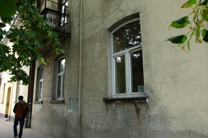 dom Piłsudski front 1