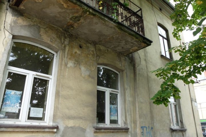 dom Piłsudski front 3