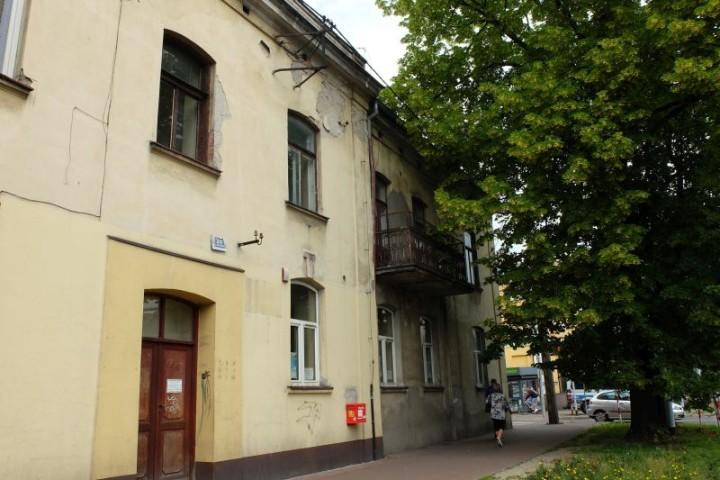 dom Piłsudski front 5