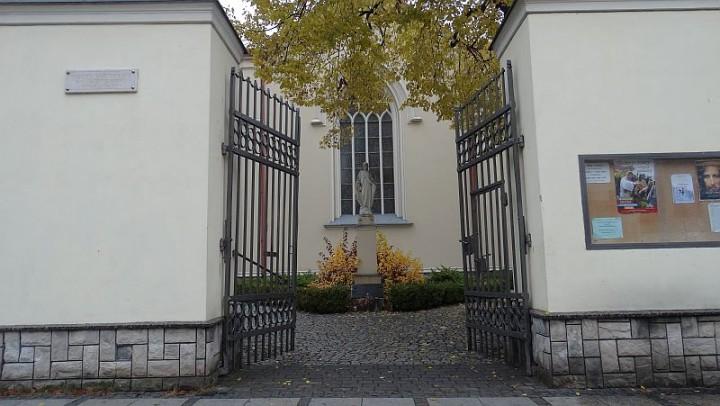 Sakrament Bierzmowania w kościele rektorackim Najświętszego Imienia Maryi w Częstochowie – ważne informacje