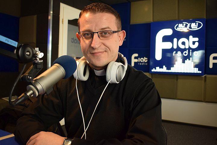 ks. Mariusz Bakalarz/fot. Zbyszek Derda Radio Fiat