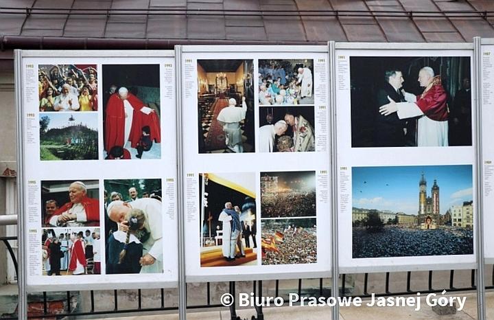 Wystawa na 100-lecie urodzin św. Jana Pawła II
