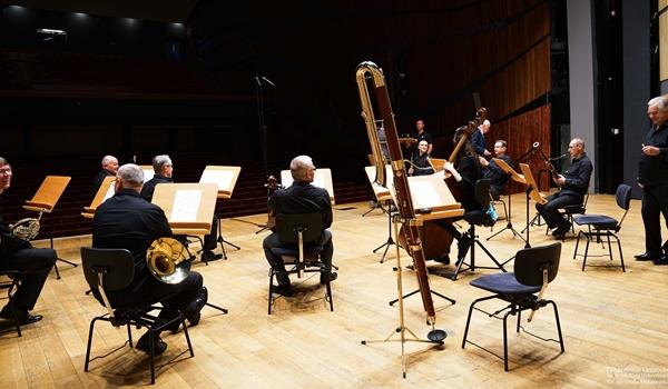Filharmonia wraca do grania