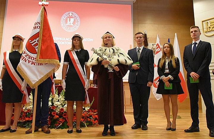 Prof. dr hab. Anna Wypych-Gawrońska wybrana rektorem UJD na kolejną kadencję