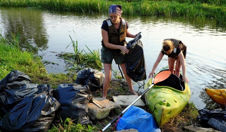 Jura bez plastiku – podsumowanie sprzątania rzeki Warty
