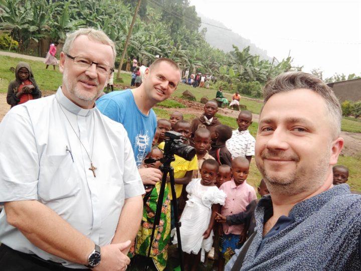 Misje w środku Afryki – rozmowa z ks. Leszkiem Czeluśniakiem