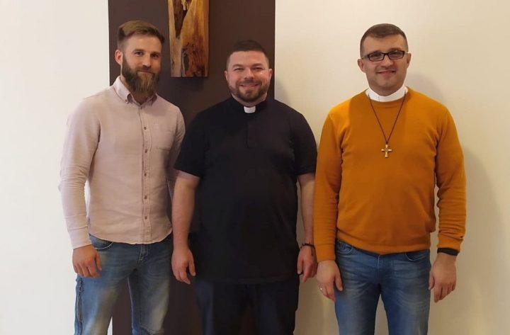 """Szymon-Piotr. Formacja """"Skały"""" – rekolekcje dla kapłanów w listopadzie"""
