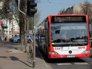 Dużo częściej autobusy na Wszystkich Świętych