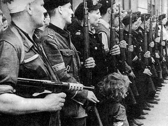 Warsaw_Uprising_Batalion_Kiliński_1944