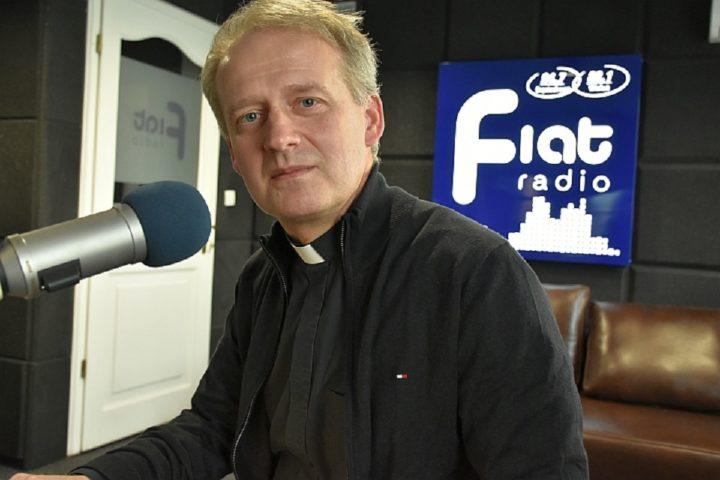 ks. inf. dr Dariusz Raś/fot. Zbyszek Derda Radio Fiat