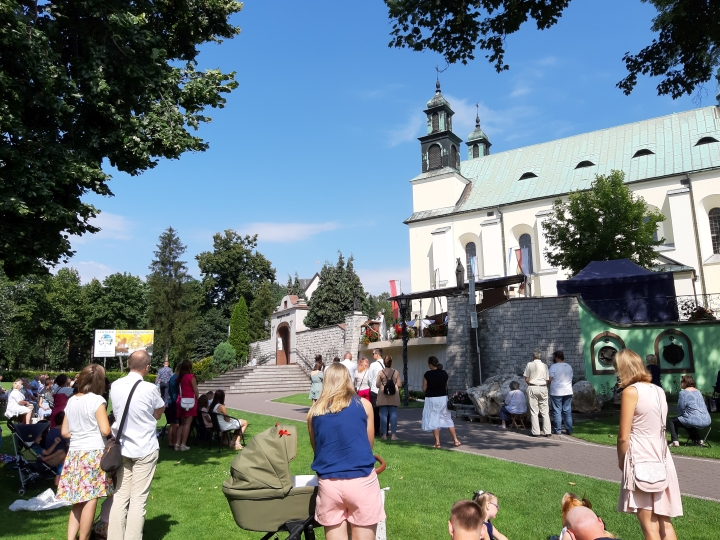 Ojcowie Paulini z Leśniowa zapraszają na rekolekcje małżeńskie