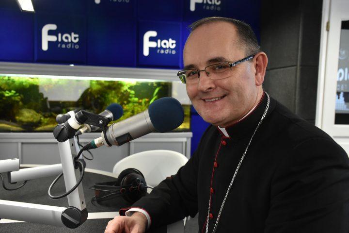 Przygotowanie do niedzielnej liturgii z bp. Andrzejem Przybylskim – Uroczystość Wniebowstąpienia Pańskiego