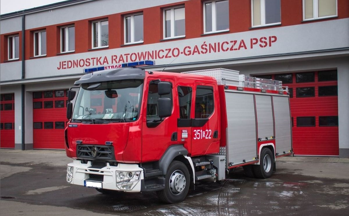Aparaty do ochrony dróg oddechowych w nowym wozie strażackim