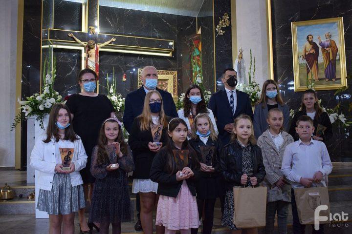 Finał Przeglądu Pieśni Maryjnej w Nieradzie. Znamy zwycięzców