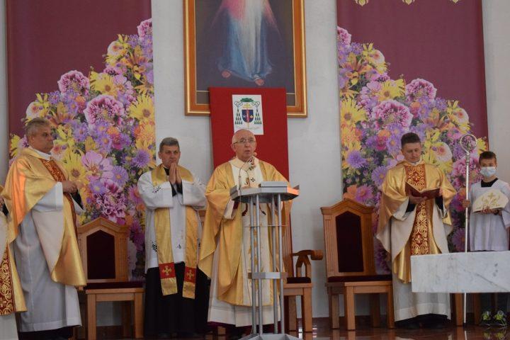 Konsekracja kościoła św. Jadwigi Królowej w Radomsku
