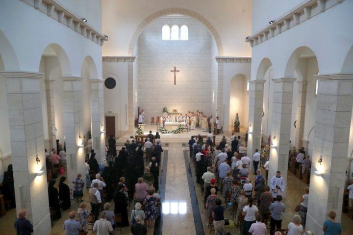 """""""Bogu na własność"""" – kościół w Loretto poświęcony"""