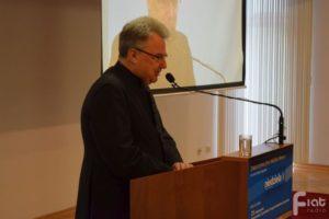 Potrzeba nam myślenia wspólnotowego – rozmowa z ks. prof. Pawłem Bortkiewiczem